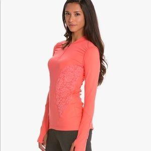 Vinmia   NWOT Lace Half-Zip Yoga Pullover